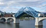 http://upload.wikimedia.org/wikipedia/commons/6/62/Market_Street_Bridge_in_Chattanooga_with_bascule_span_open.jpg